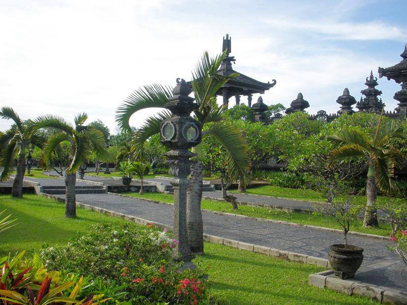 Cheap flights to denpasar