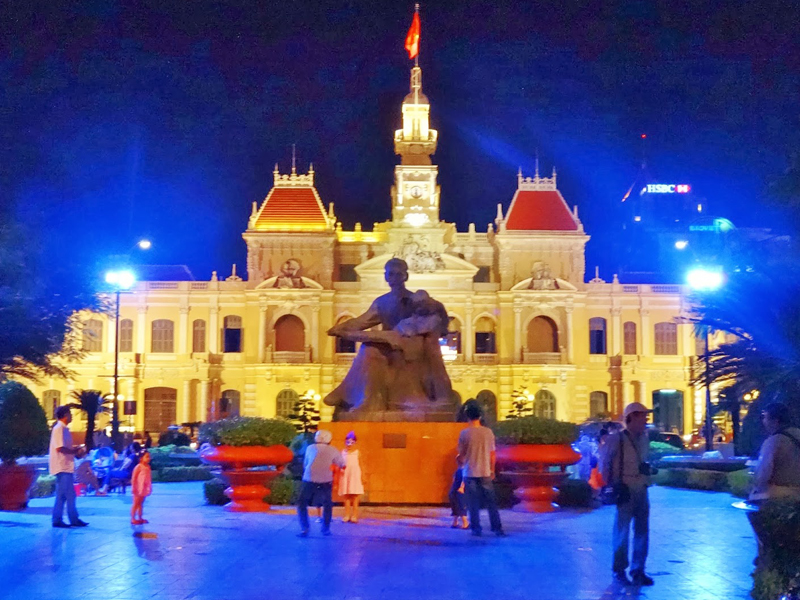 Cheap flights to ho-chi-minh-city